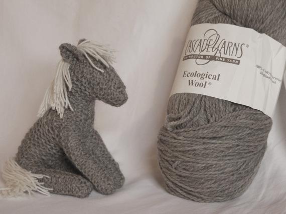 jeux-cheval-tricote-jouet-waldorf-5704835-cheval-tricot3-6105-a3aa8_570x0